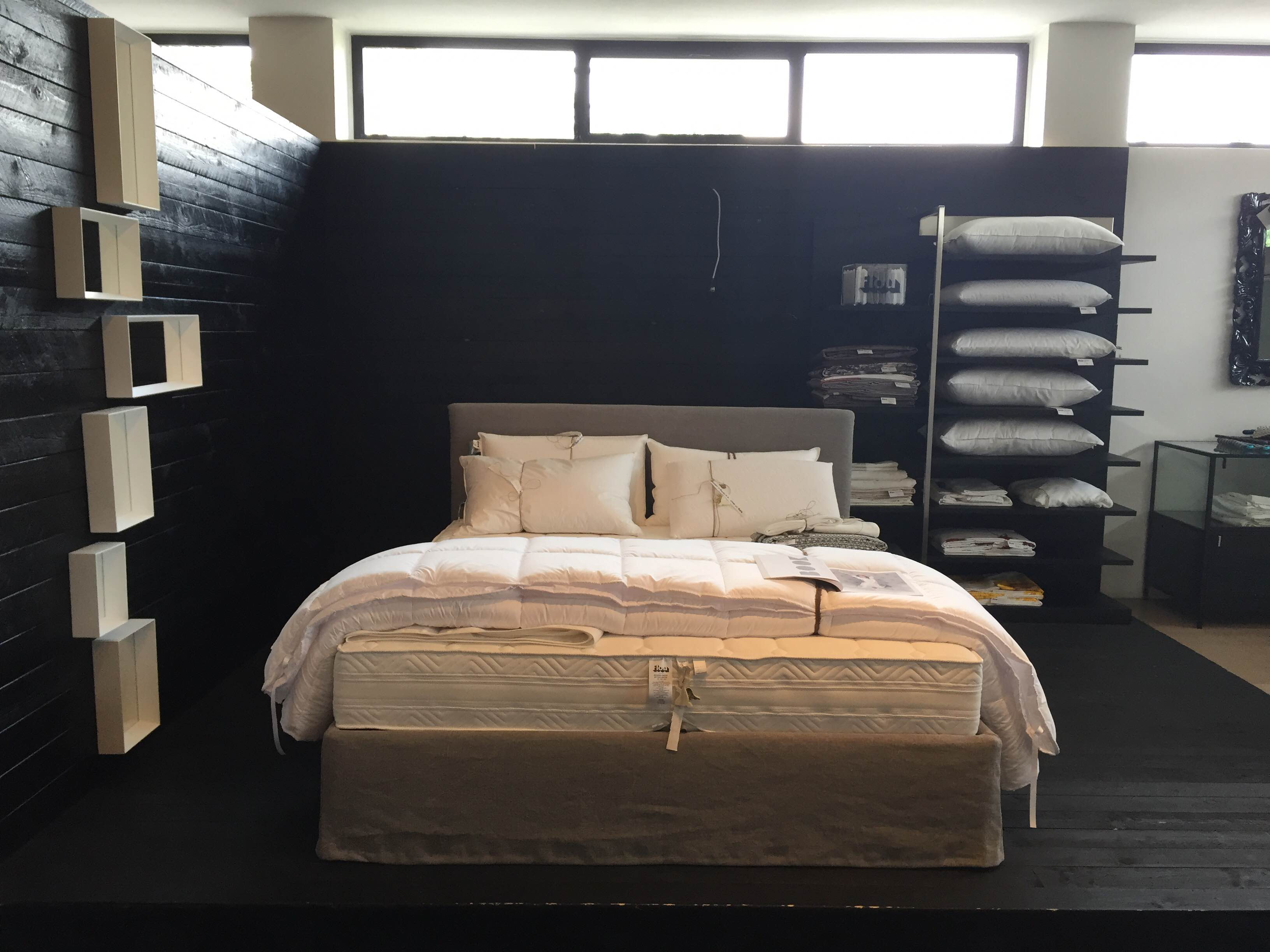Lampadari moderni a led per camera da letto - Letto shabby chic ...